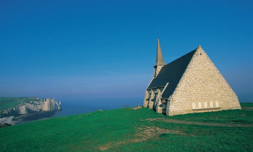 La chapelle Notre-Dame-de-la-Garde - Etretat