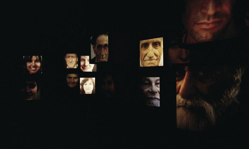 Portraits de juifs au musée de la diaspora juive.