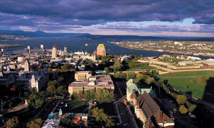 Vue panoramique du Vieux-Québec.