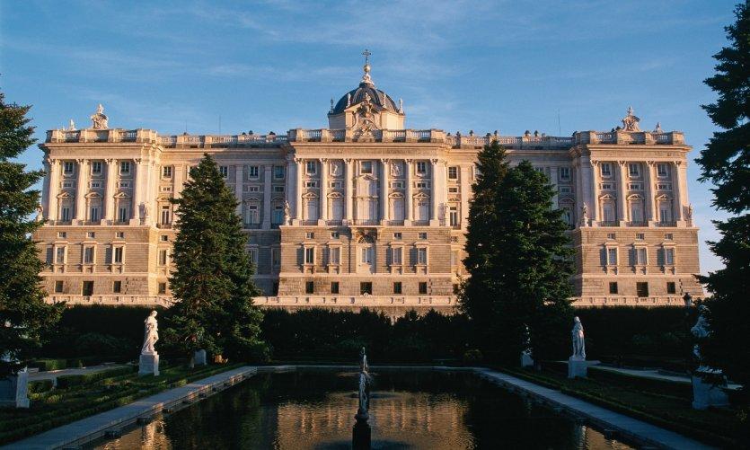Palacio Real (Palais royal) et jardins de Sabatini.