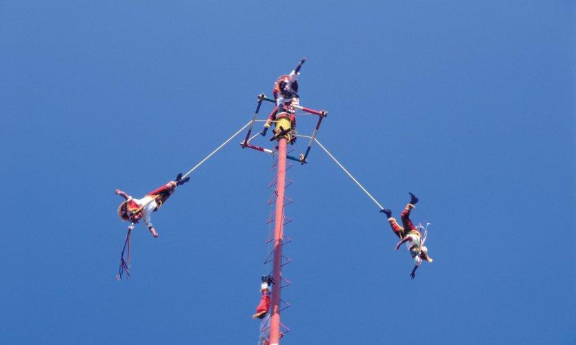 Ceremonia de los Voladores.