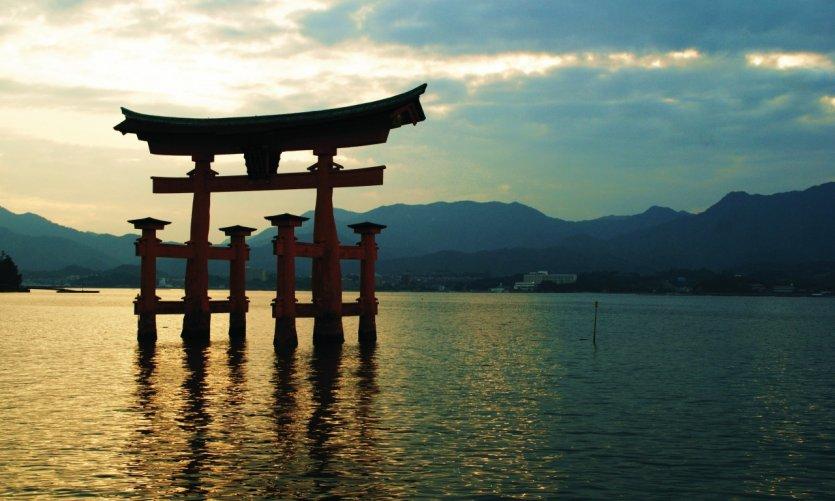 Le grand torii est encore plus magique en fin de journée