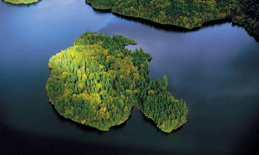 Vue aérienne des Laurentides