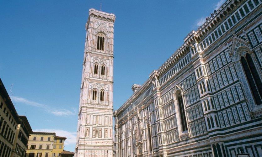 Le Campanile de Giotto sur la Piazza del Domo.
