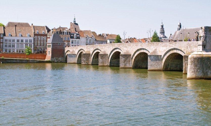 Le pont Saint-Servais, à Maastricht.