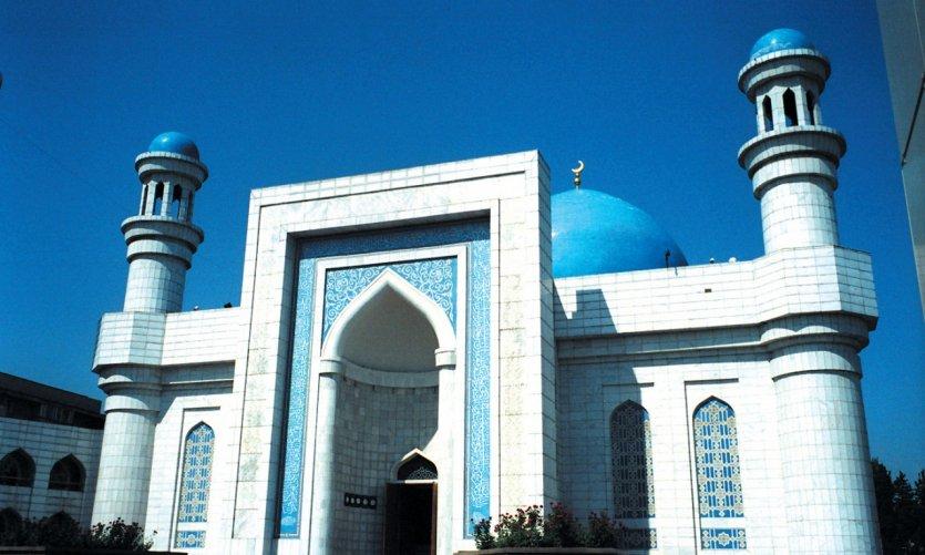 <p>Almaty Mosque.</p>