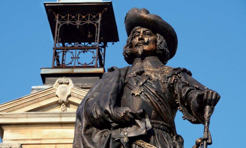 Statue de Charles de Gonzague - Charleville-Mézières