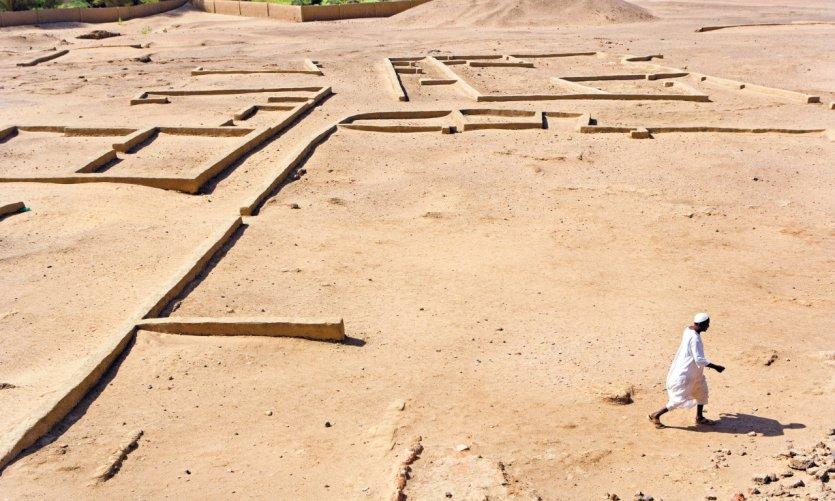Vestiges de Kerma, important centre urbain antique.