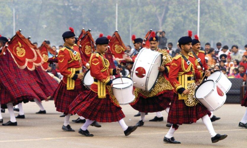 Fanfare militaire, à New Delhi.