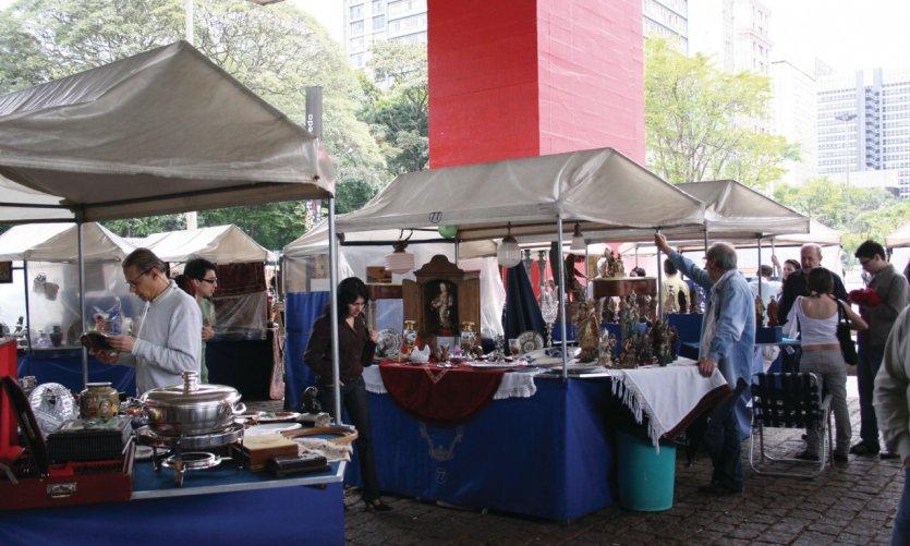 La Foire aux antiquités du MASP (Musée d'Art de Sao Paulo)