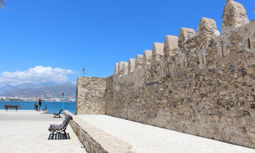 Fortaleza veneciana de Kales.