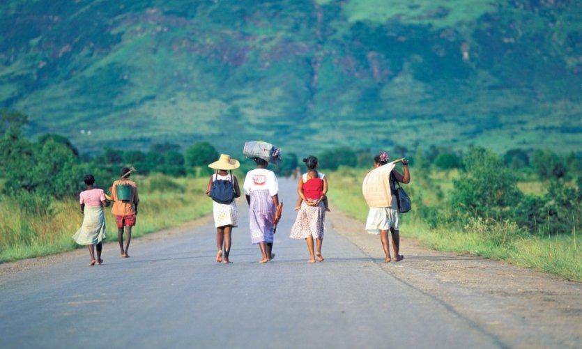Sur une route des environs d'Ihosy