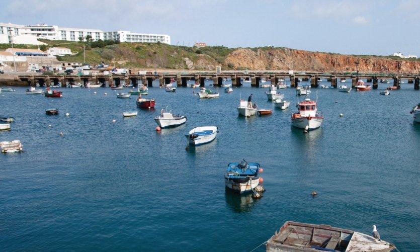 <p>Port de pêche de Sagres.</p>