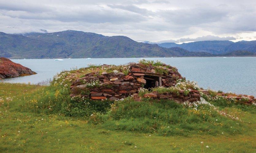 Ancienne maison groenlandaise en tourbe.