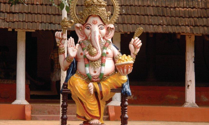 Ganesh accueille les visiteurs de Guruvayur.