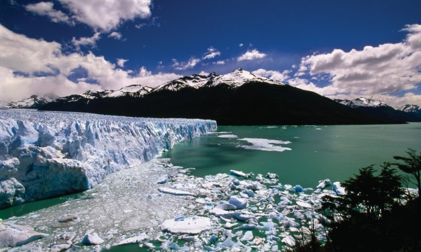 <p>The glaciers of Perito Moreno.</p>