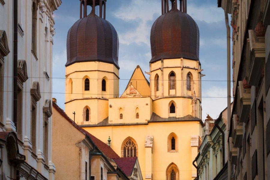 Basilique Saint Nicholas (© milangonda))