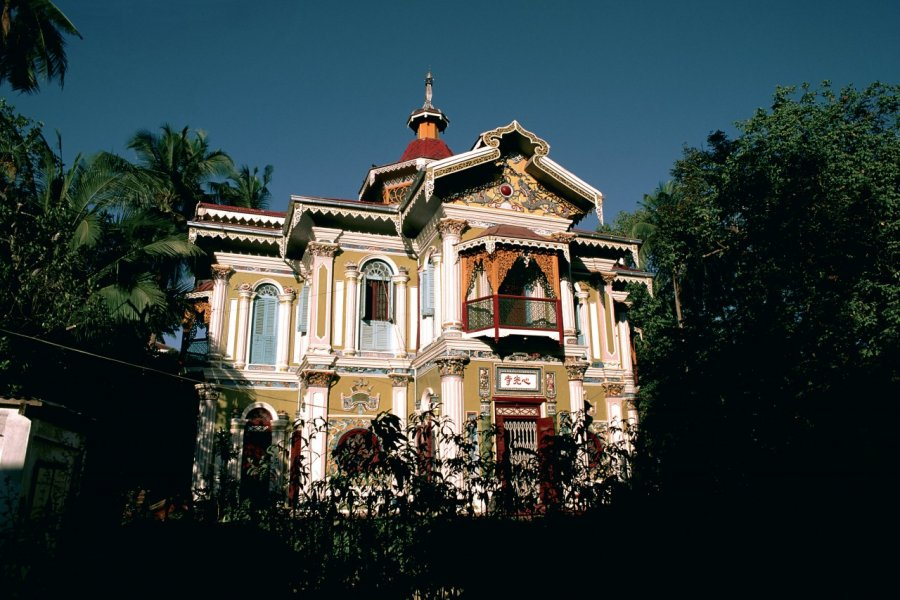 Temple à Yangon. (© Author's Image))