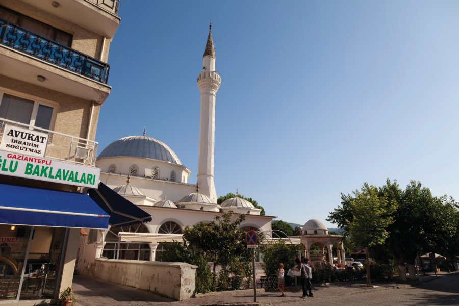 Mosquée de Selçuk. (© David GUERSAN - Author's Image))
