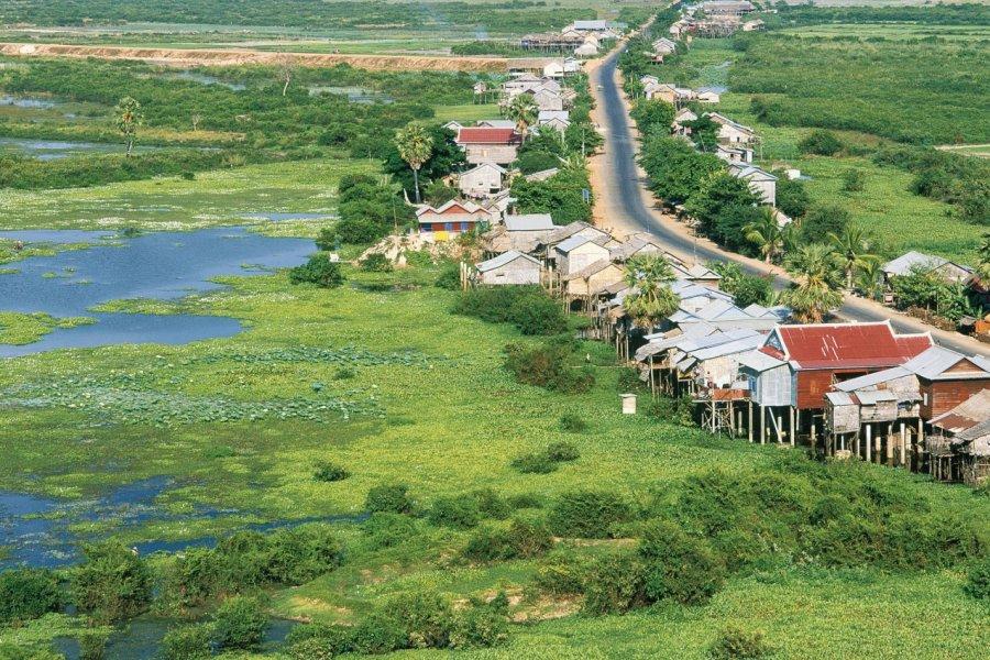Village de Chong Kneas. (© Eric Martin - Iconotec))