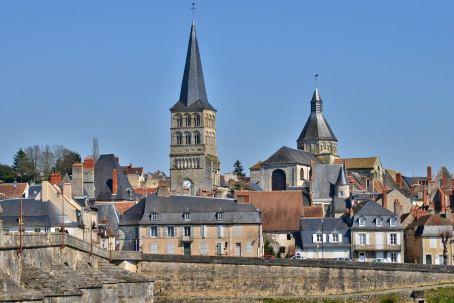La-Charité-sur-Loire. (© PackShot / Adobe Stock))