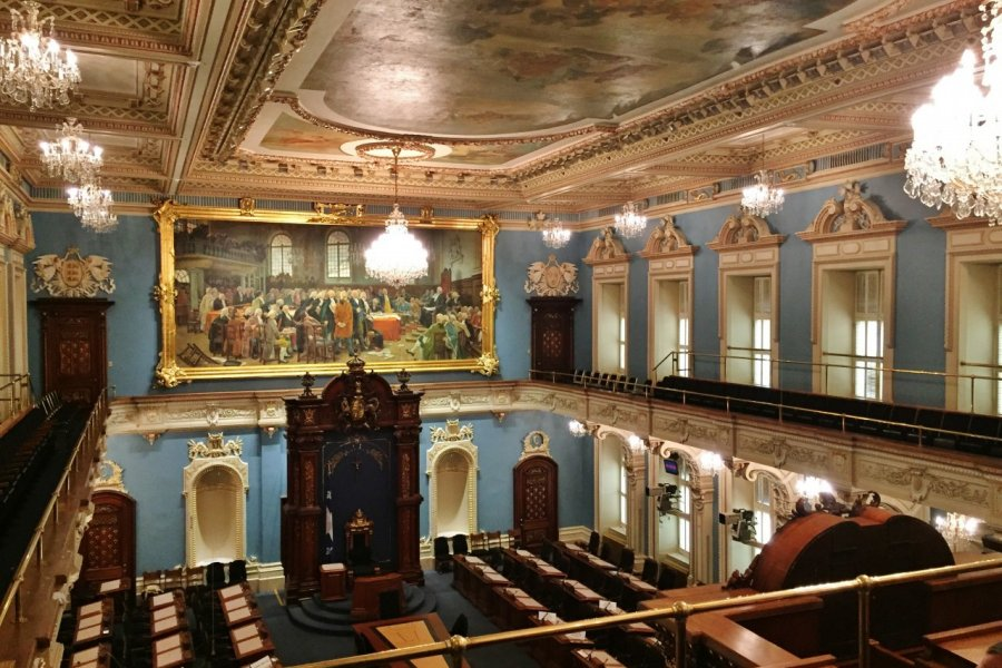 Salle de l'Assemblée nationale du Québec. (© Valérie FORTIER))