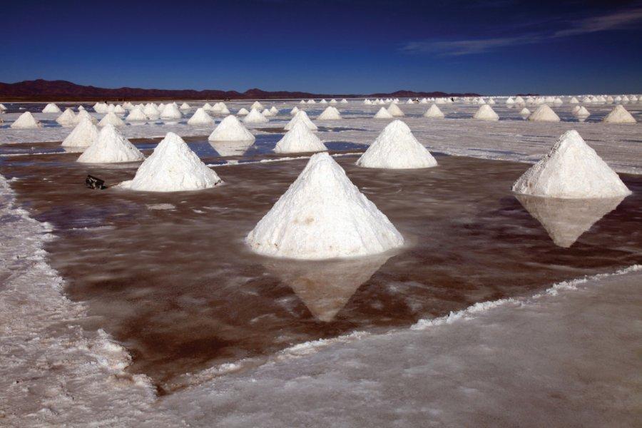 Colchani, la ville du sel près d'Uyuni. (© Arnaud BONNEFOY))