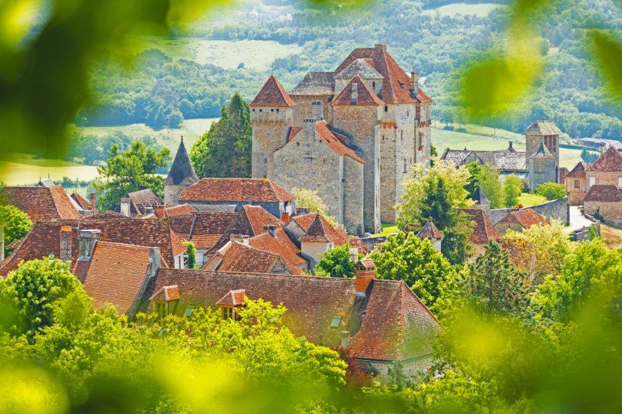 Le bourg médiéval de Curemonte. (© beboy - stock.adobe.com))