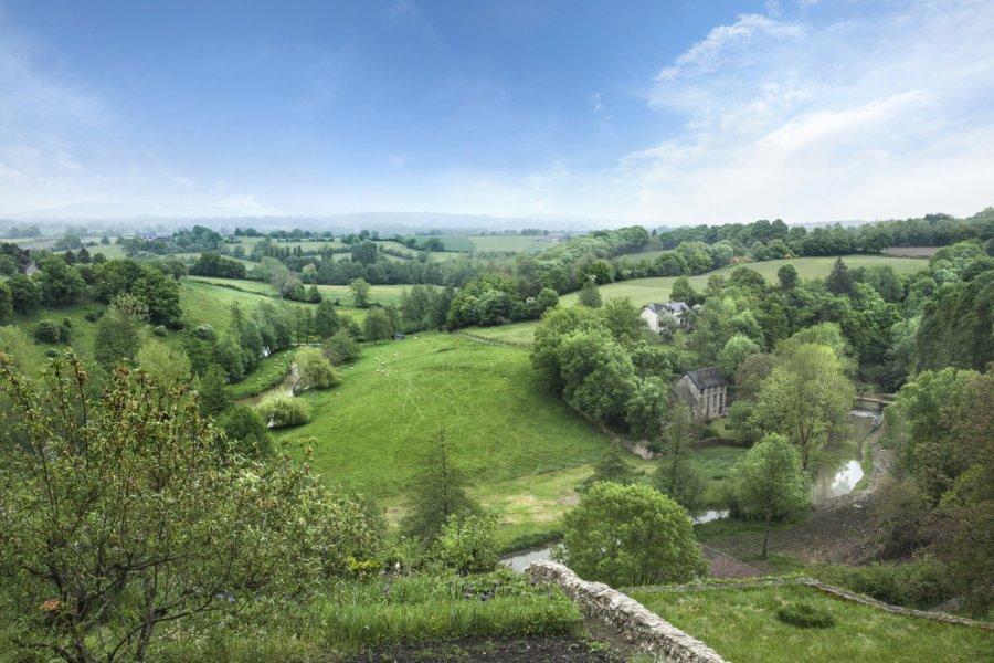 Mayenne et sa rivière France (© Pixel & Création))