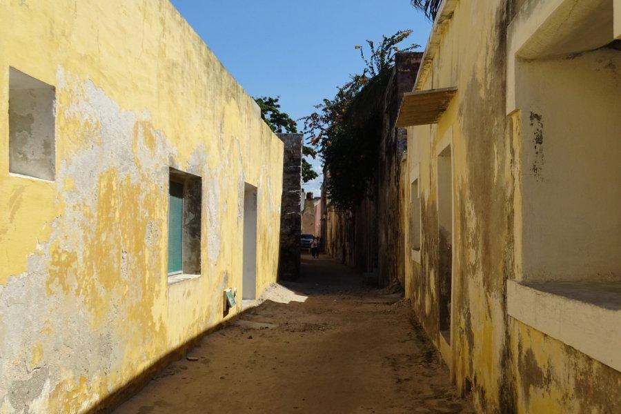 Ruelles d'Ilha de Moçambique. (© Elisa Vallon))