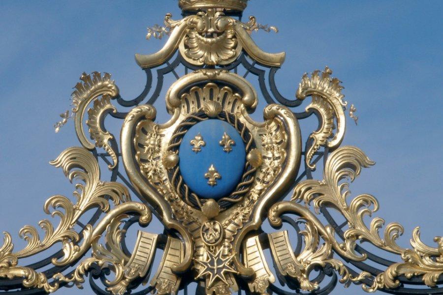 Grille d'entrée - Versailles (© MARIE JO GOLOVINE - FOTOLIA))