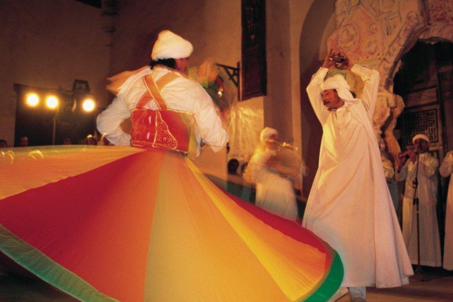 Danseurs soufis. (© Tom Pepeira - Iconotec))