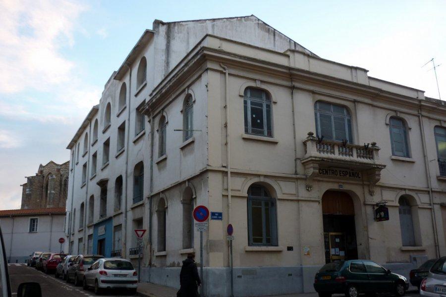 Bâtiment construit par les espagnols en France. Inauguré en 1920. (© CENTRO ESPAGNOL))
