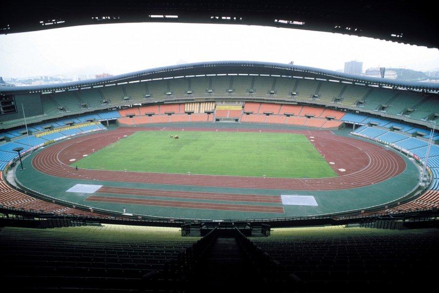 Stade olympique. (© Thierry Lauzun - Iconotec))