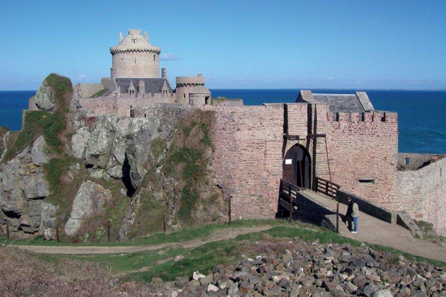 Château de Fort la Latte à Plévenon. (© TERRE DE SIENNE - FOTOLIA))