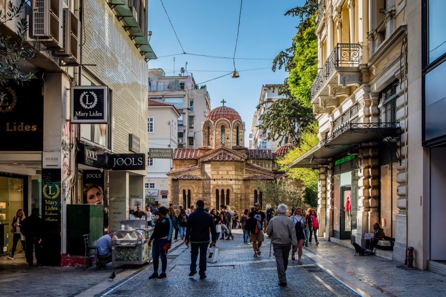 Panaghia Kapnikareau dans la rue Ermou. (© Birute Vijeikiene - Shutterstock.com))