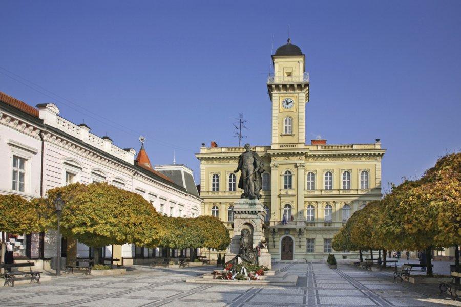 Place du général Klapka à Komárno. (© ShevchenkoAndrey))