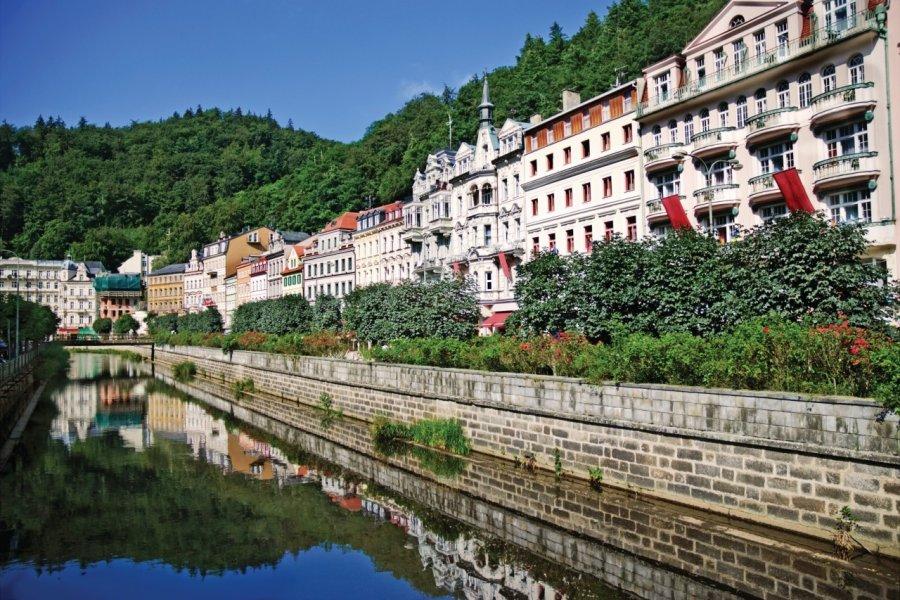 Ville de Karlovy Vary. (© Io_nia - iStockphoto))