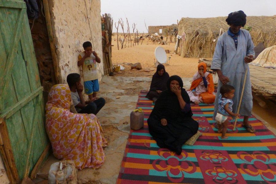 Campement semi-nomade d'El Kheouiya, entre Ouadane et Chinguetti. (© François JANNE DOTHEE))