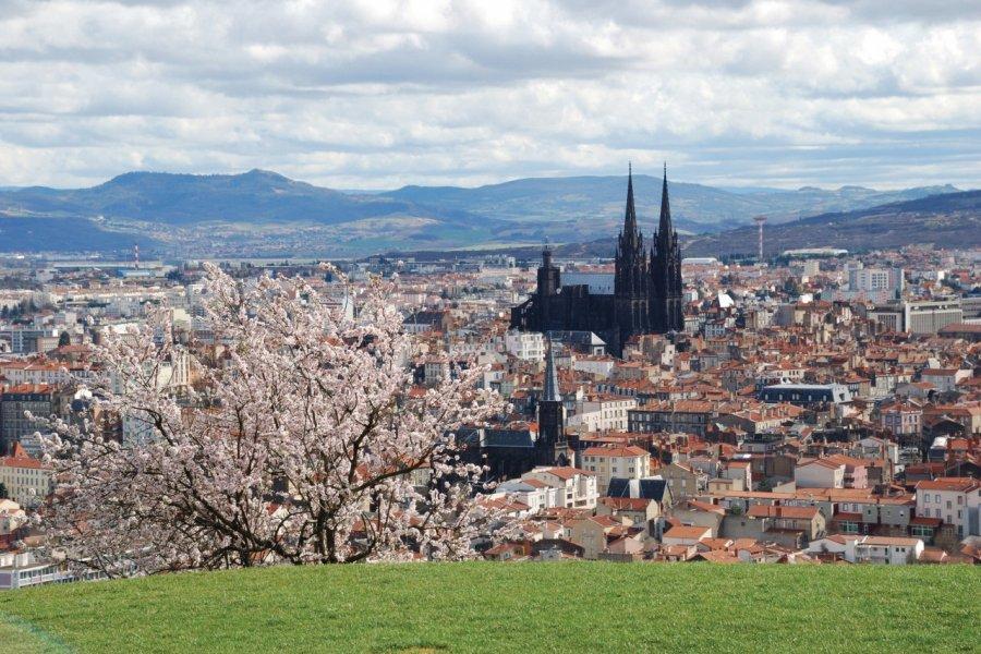 Clermont-Ferrand (© HENSOR - FOTOLIA))