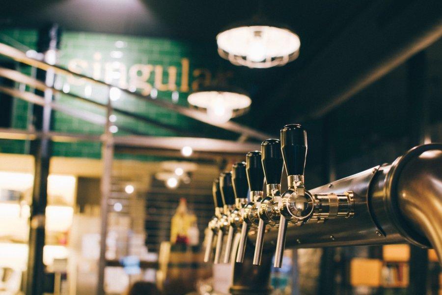 Singular Bar (© SINGULAR BAR))