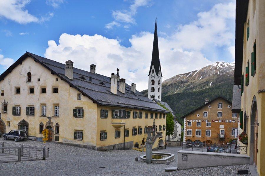 Place des Alpes suisses (© bikemp - Shutterstock.com))