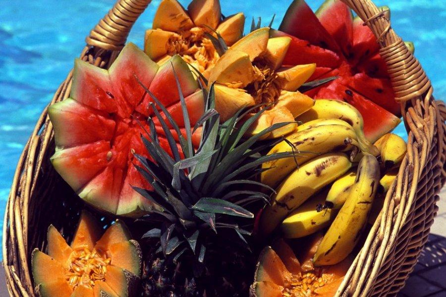Panier de fruits. (© Author's Image))