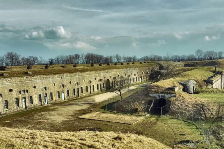 Vue du fort depuis le saillant I. (© Florian Garnier))
