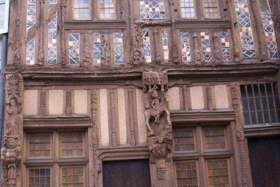 La Maison du Pilori à Joigny. (© Josiane Maxel))
