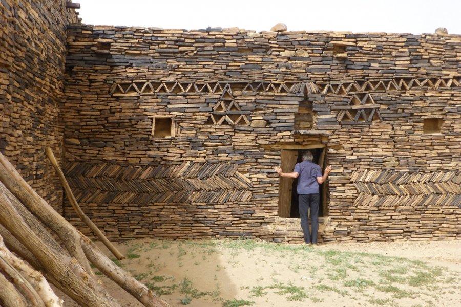 Dans l'erg Maghteïr, l'ancienne maison d'un marabout. (© François JANNE DOTHEE))
