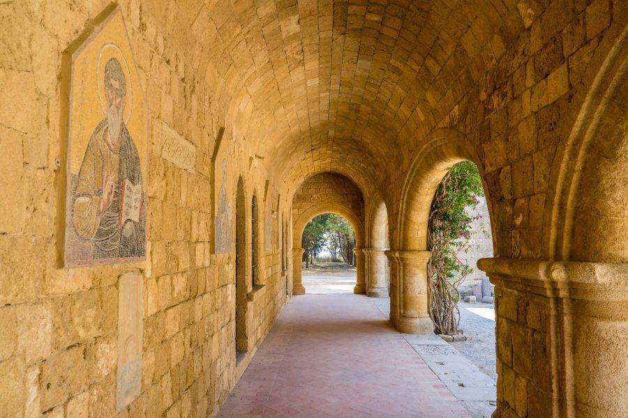 Monastère datant du 15ème siècle sur le Mont Philerimos. (© ian woolcock - Shutterstock.com))