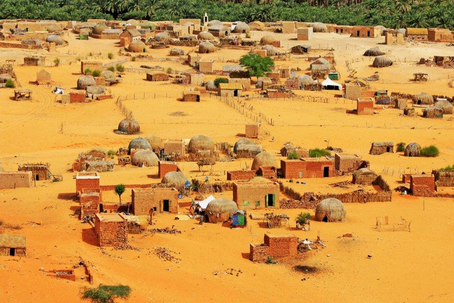 Petit village dans les environs de Terjit. (© Eric Valenne geostory - Shutterstock.com))