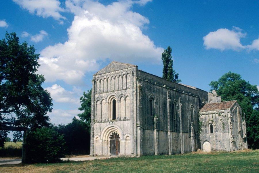L'abbaye Notre-Dame-de-l'Assomption de Châtre. (© IRÈNE ALASTRUEY - AUTHOR'S IMAGE))