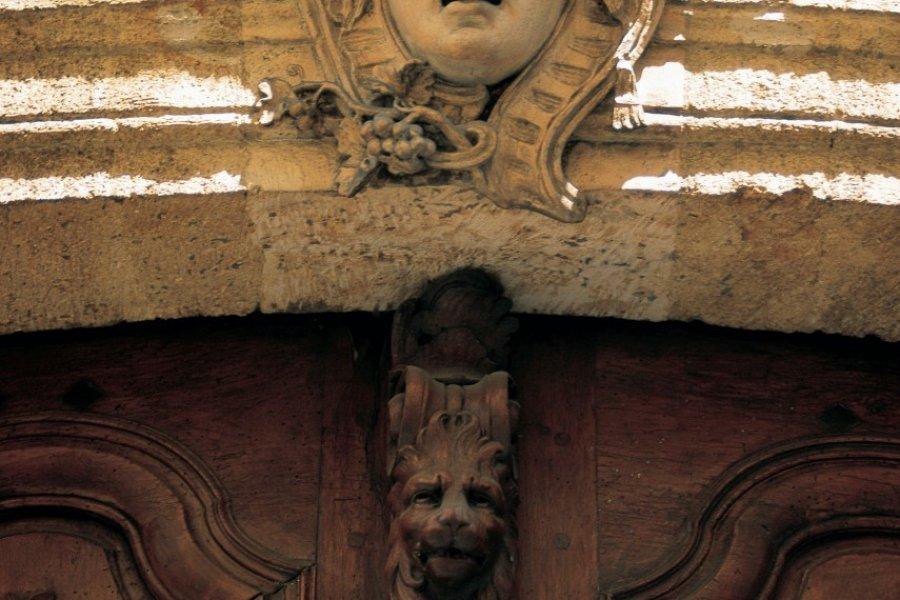 Détail d'une porte de Marseille (© TOM PEPEIRA - ICONOTEC))
